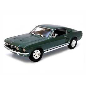 Maisto Ford Mustang GTA Fastback 1967 grün - Modellauto 1:18