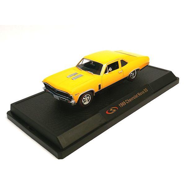 Model car Chevrolet Nova SS 1969 yellow 1:32