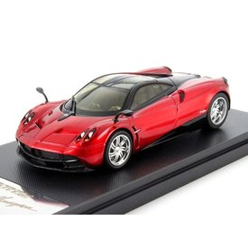 Welly Pagani Huayra 2013 red/black - Model car 1:43