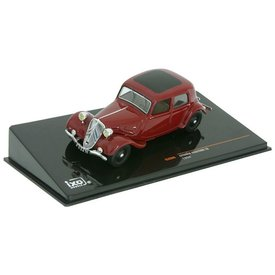 Ixo Models Citroën Traction Avant 7A 1934 donkerrood - Modelauto 1:43