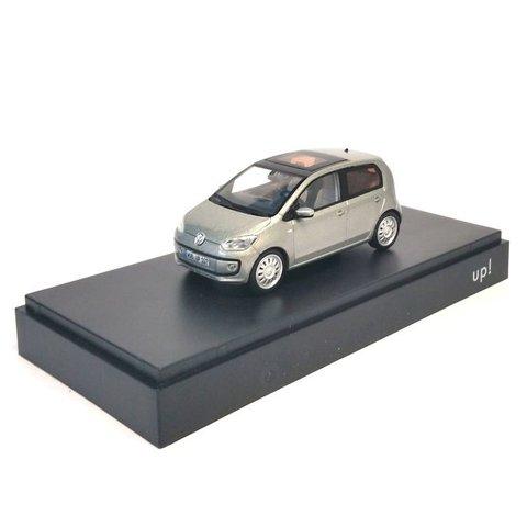 Volkswagen Up! 5-deurs zilver- Modelauto 1:43