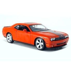 Maisto Dodge Challenger SRT8 2008 oranje - Modelauto 1:24