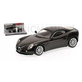 Minichamps Alfa Romeo 8C Competizione 2005 zwart 1:43