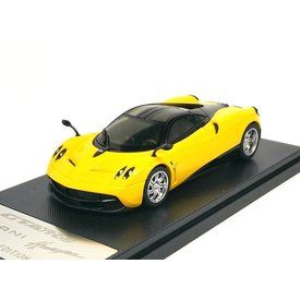 Welly Pagani Huayra 2013 yellow/black - Model car 1:43