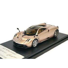 Welly Pagani Huayra 2013 gold - Model car 1:43