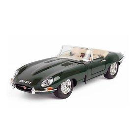 Bburago Jaguar E-type Cabriolet 1963 groen - Modelauto 1:18