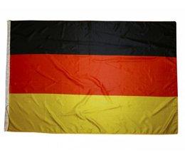 Landenvlaggen in de nationale kleuren zwart, rood en geel (afmeting 150 x 100 cm)