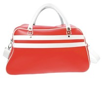 Large sports bags in red with white accents (size 52 x 32 x 21 cm)