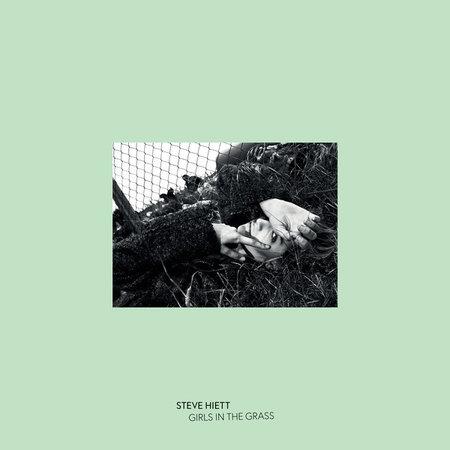 Steve Hiett | Girls In The Grass