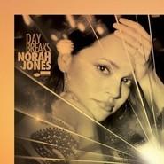 Norah Jones | Day Breaks