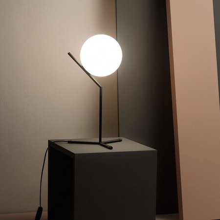 FLOS  IC LIGHTS T1 HIGH TABLE LAMP