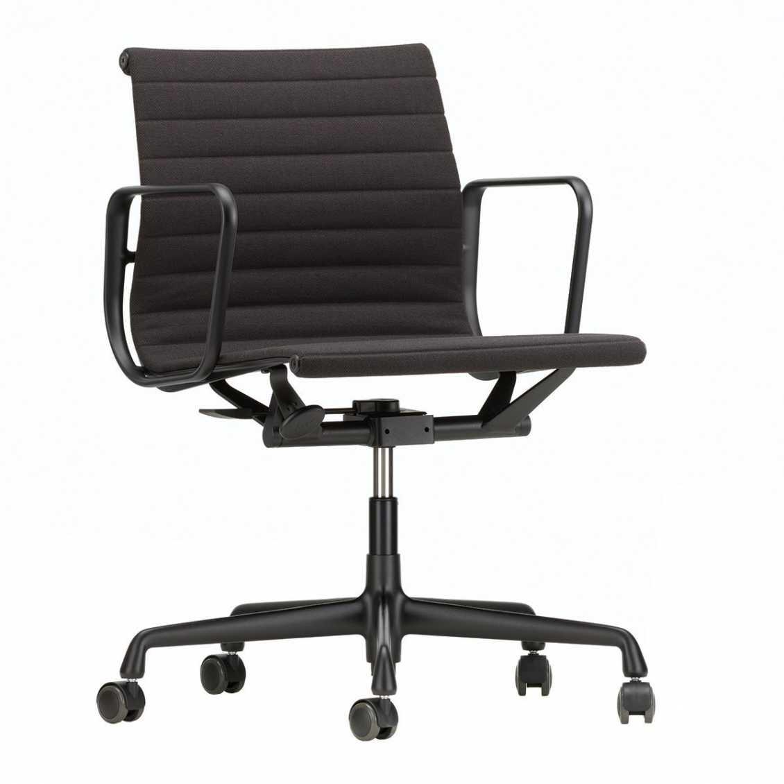 Eames Ea 117 Bureaustoel.Aluminium Chair Ea 117 Nordic New