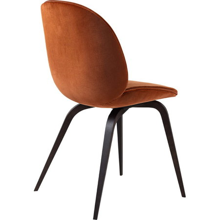GUBI BEETLE CHAIR FULLY UPHOLSTERED VELLUTO 641 RUST - SMOKED OAK BASE
