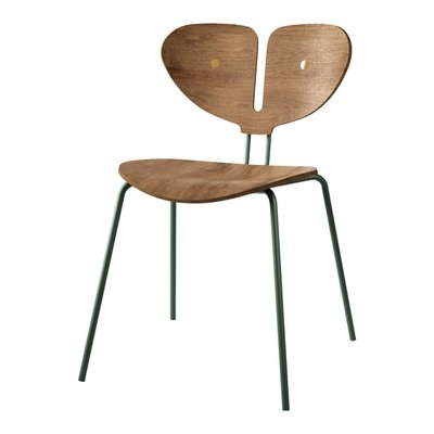 NORDIC TALES MOTH CHAIR