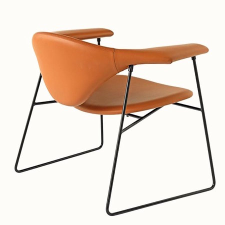 GUBI MASCULO LOUNGE CHAIR LEATHER