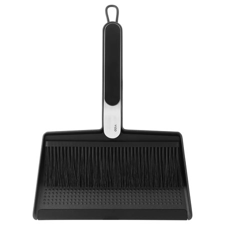 VIPP 274  BROOM AND DUSTPAN