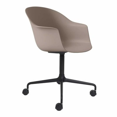 GUBI BAT MEETING CHAIR 4 STAR W, CASTORS