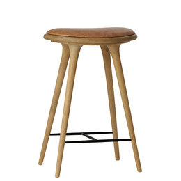 MATER DESIGN HIGH STOOL BARKRUK 69 CM. GEZEEPT EIKEN NATUREL LEDER