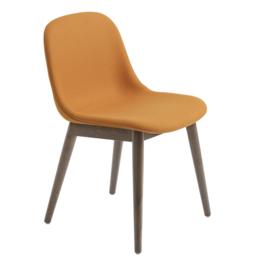 MUUTO Fiber side stoel - houten poten