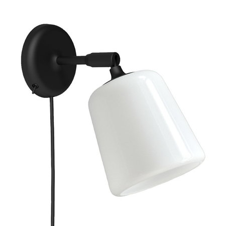 NEW WORKS MATERIAL WANDLAMP - WIT OPAAL GLAS
