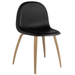GUBI 5 Chair Black / Oak