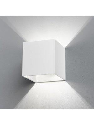 B-Lighted Cubiq wandlamp