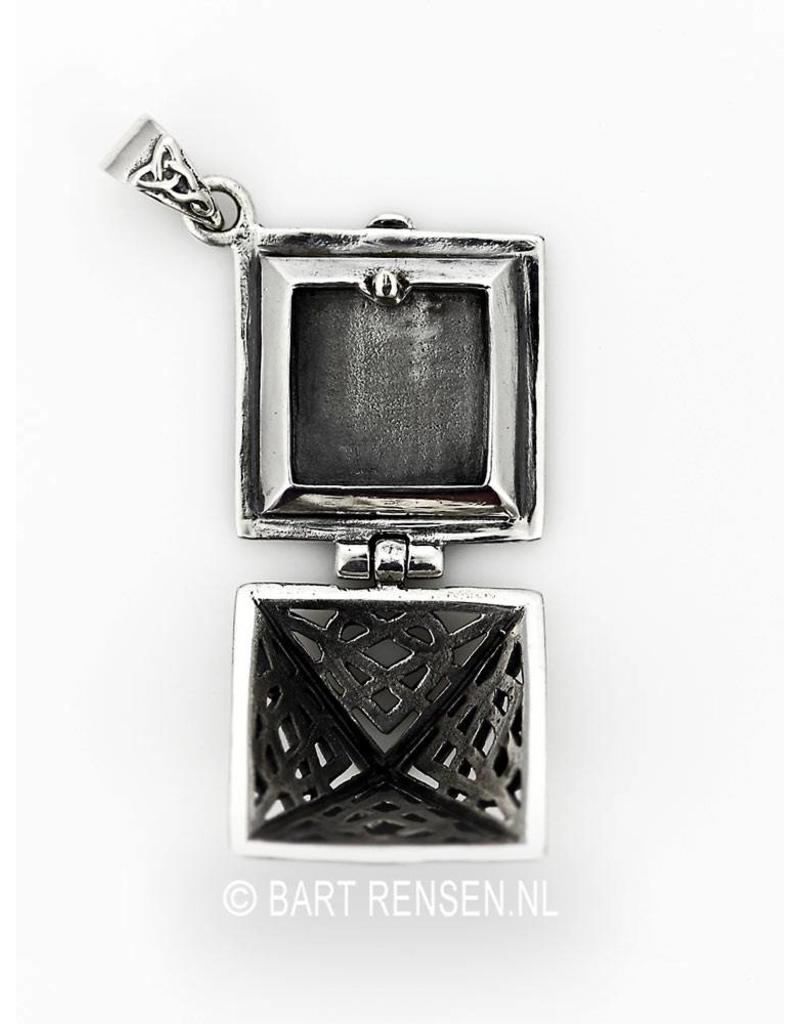 Celtic Medallion in Pyramid Shape - sterling silver