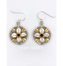 Lotus earrings with stone