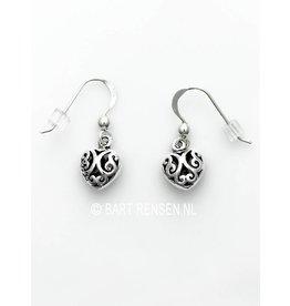 Zilveren Hartjes oorhangers