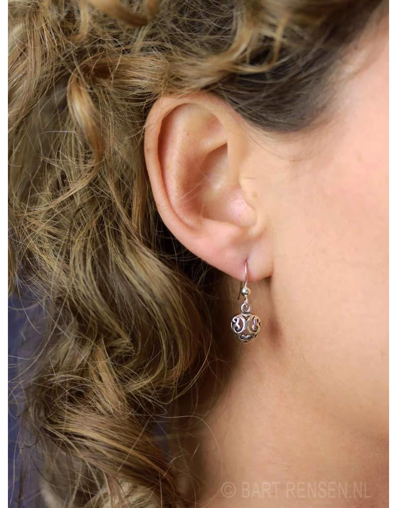 Opengewerkte Hartjes  oorhangers - echt zilver