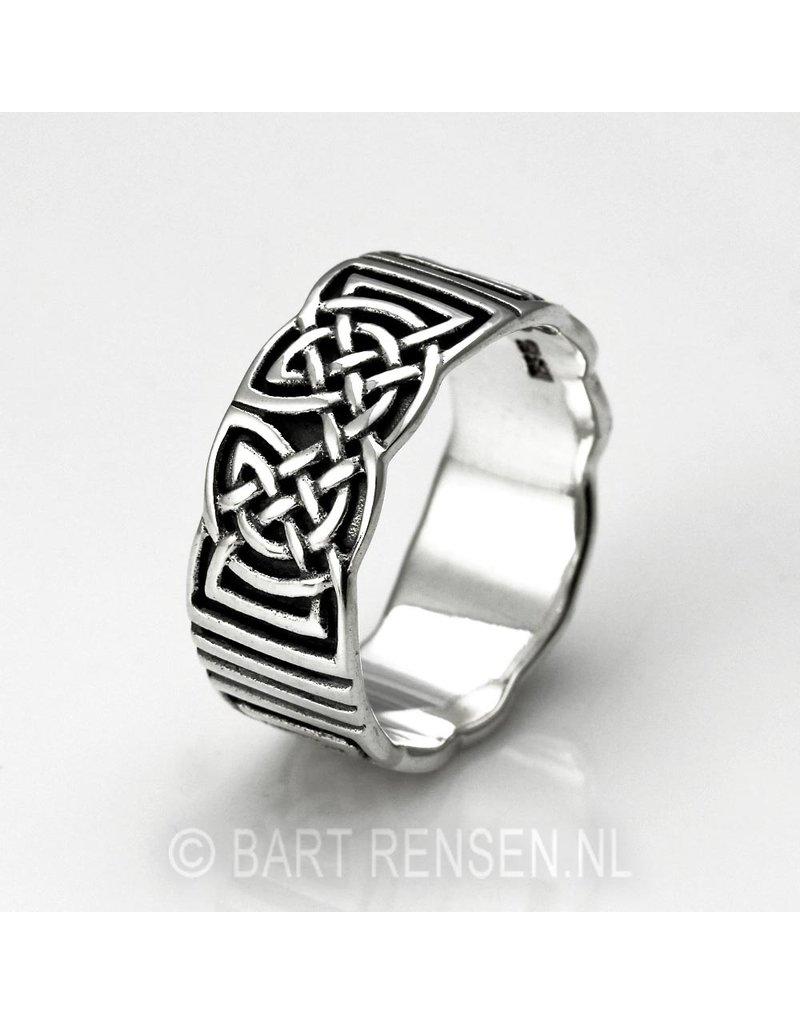 Celtic Ring - sterling  silver