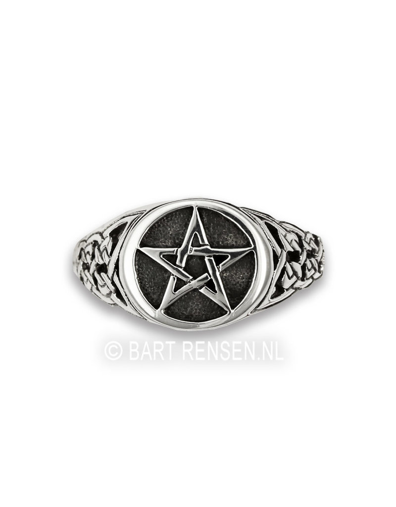 Pentagram Ring - sterling silver