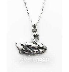 Silver Swan pendant