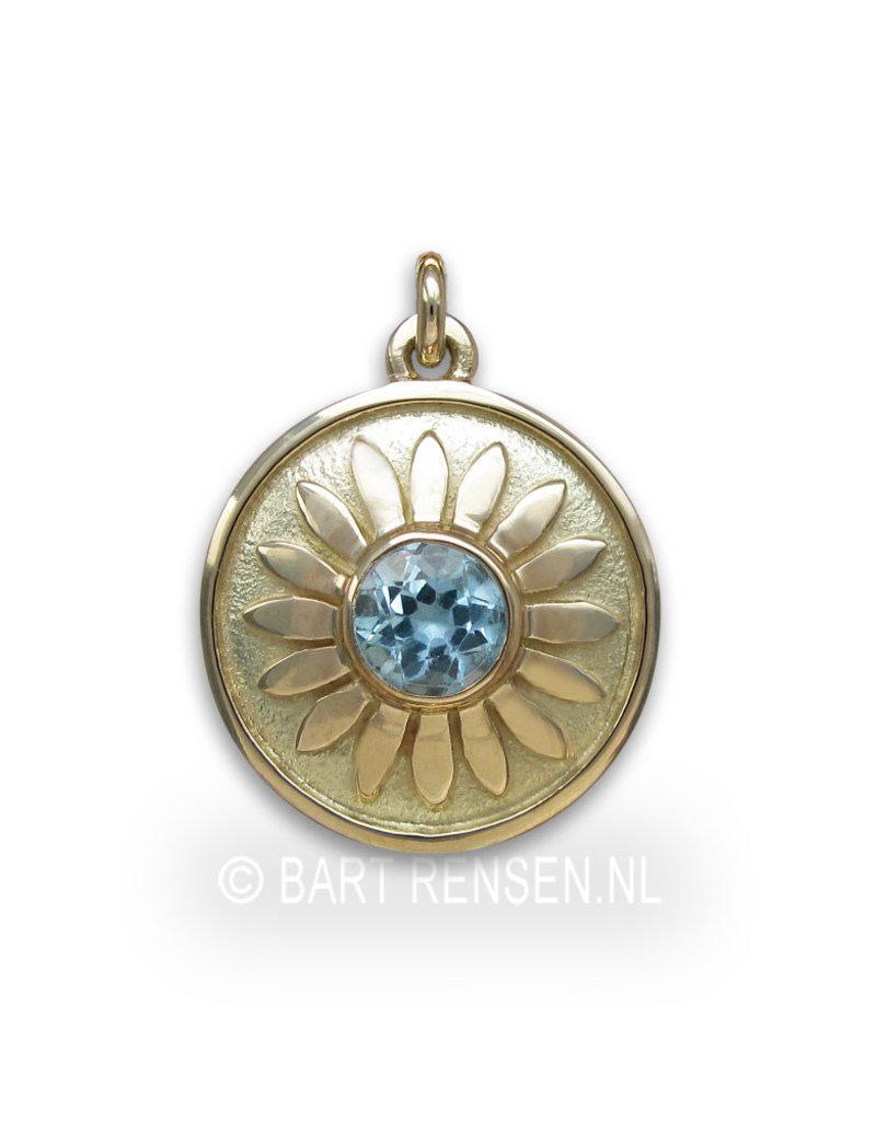 Throat chakra pendant - topaz - 14 carat gold