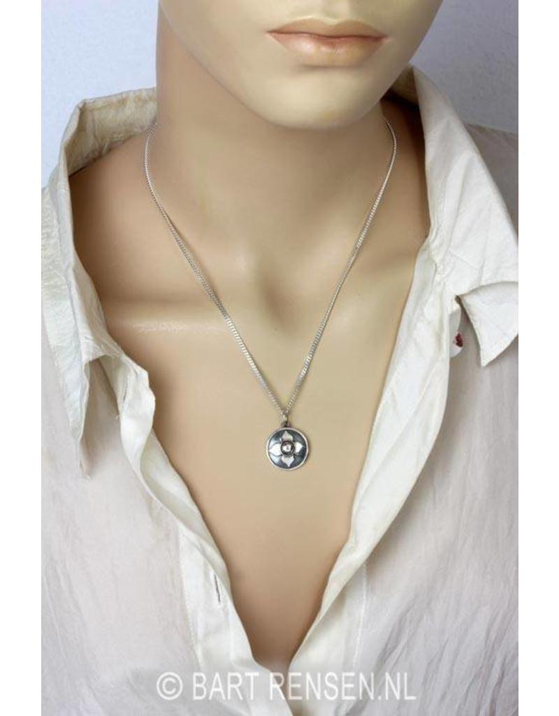 Stuit Chakra hanger - echt zilver
