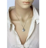 Basis Chakra pendant with garnet - 14 carat gold