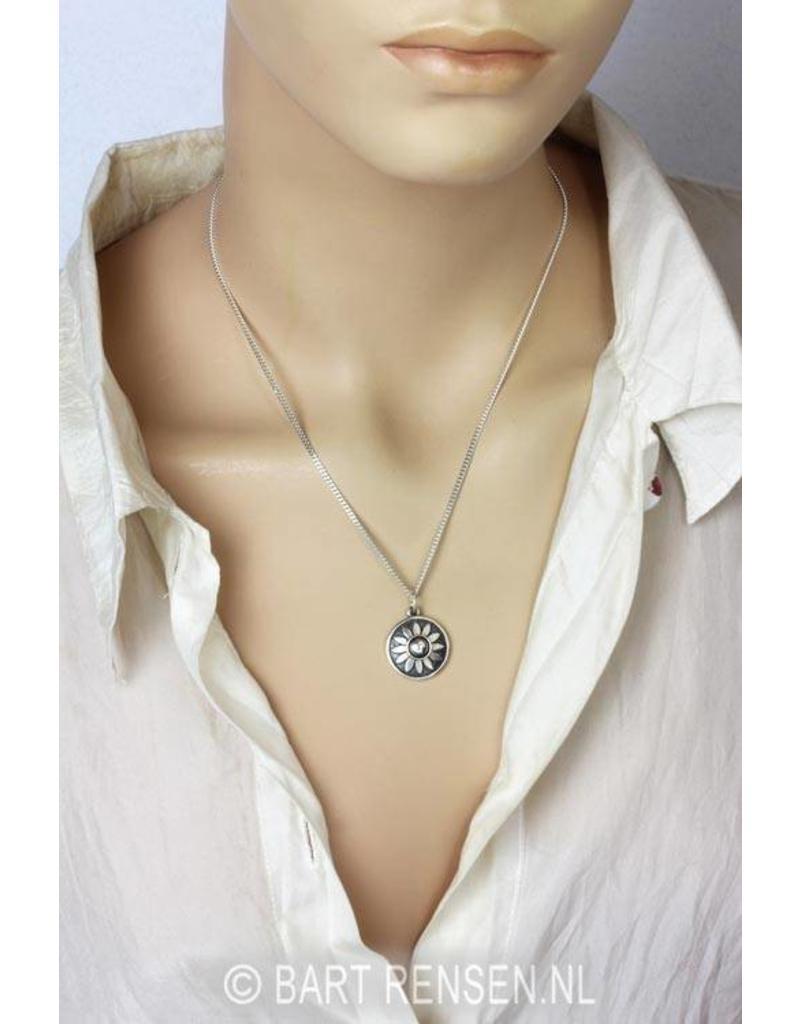 Heart Chakra Peridot pendant - 14 carat gold
