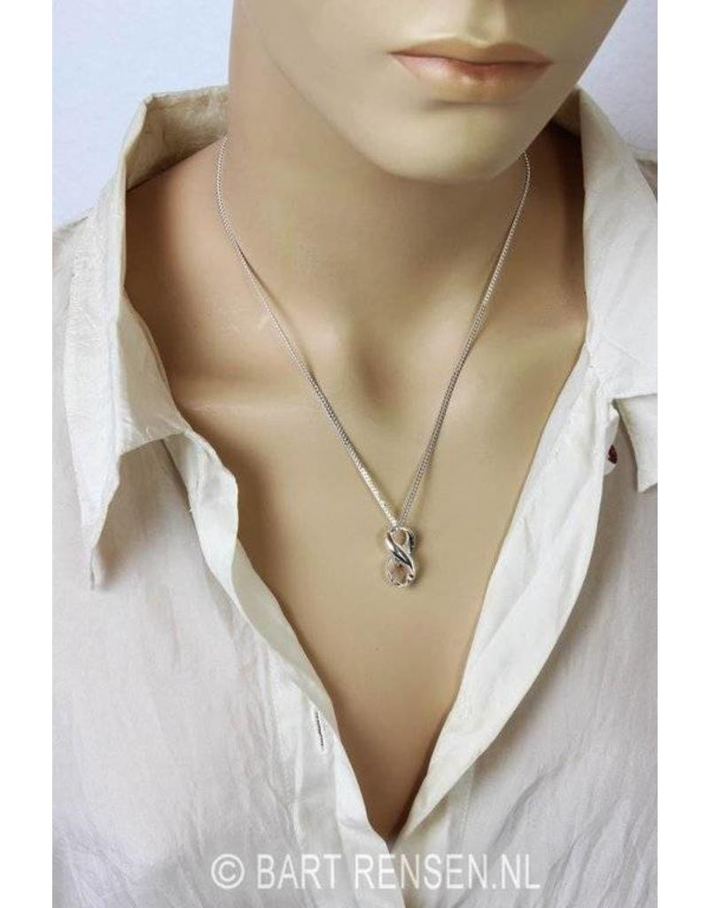 Lemniscate pendant - sterling silver
