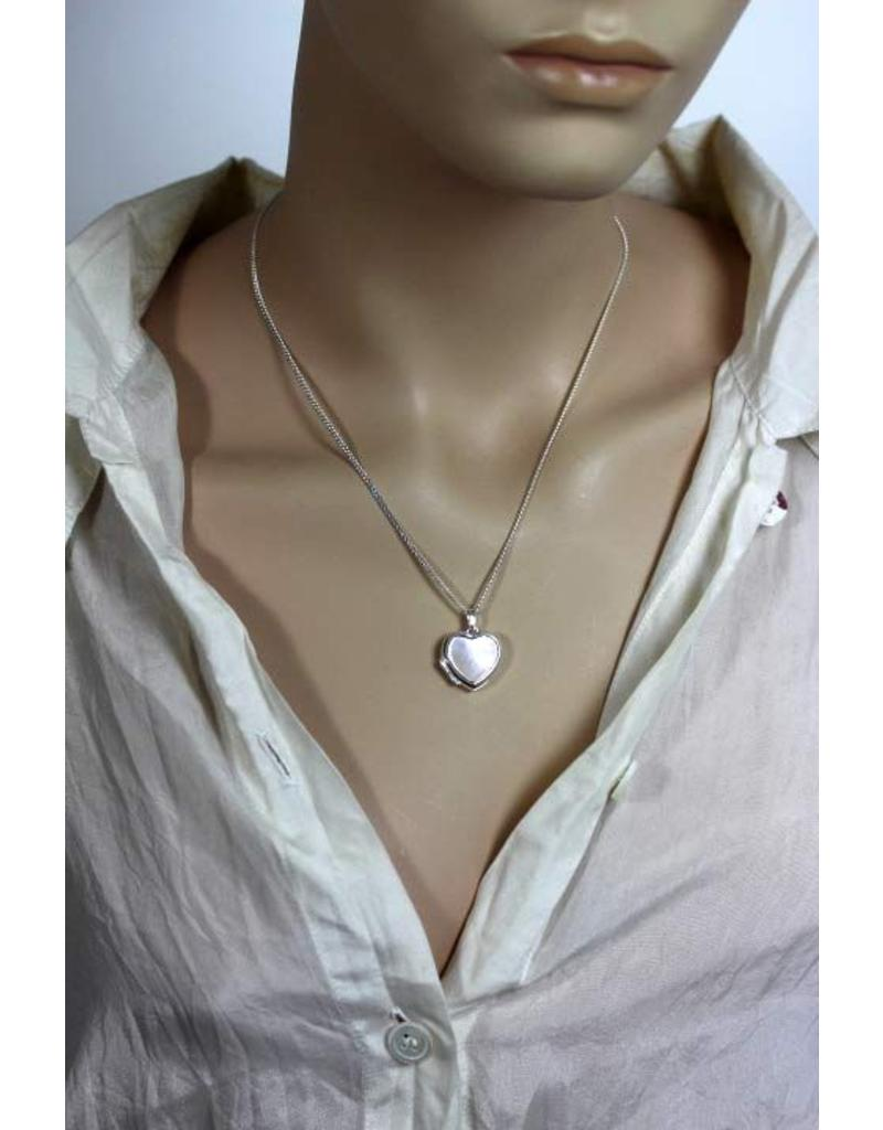 Medallion with mother-of-pearl - sterlingl silver