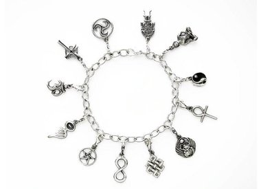 Bracelet charms
