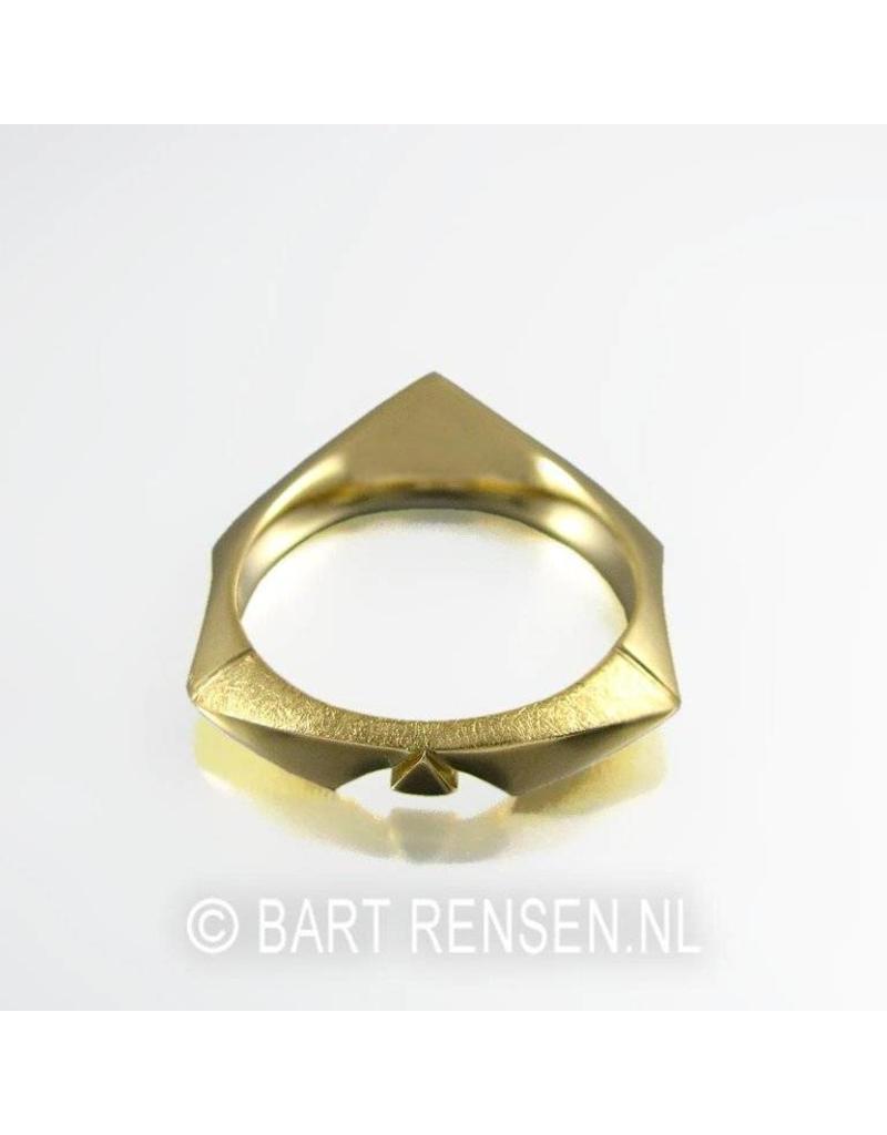 Golden Ring - 14 carat gold