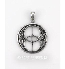 Chalice Well  pendant - Silver