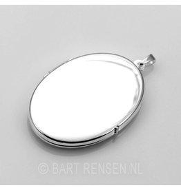 Medallion pendant - silver