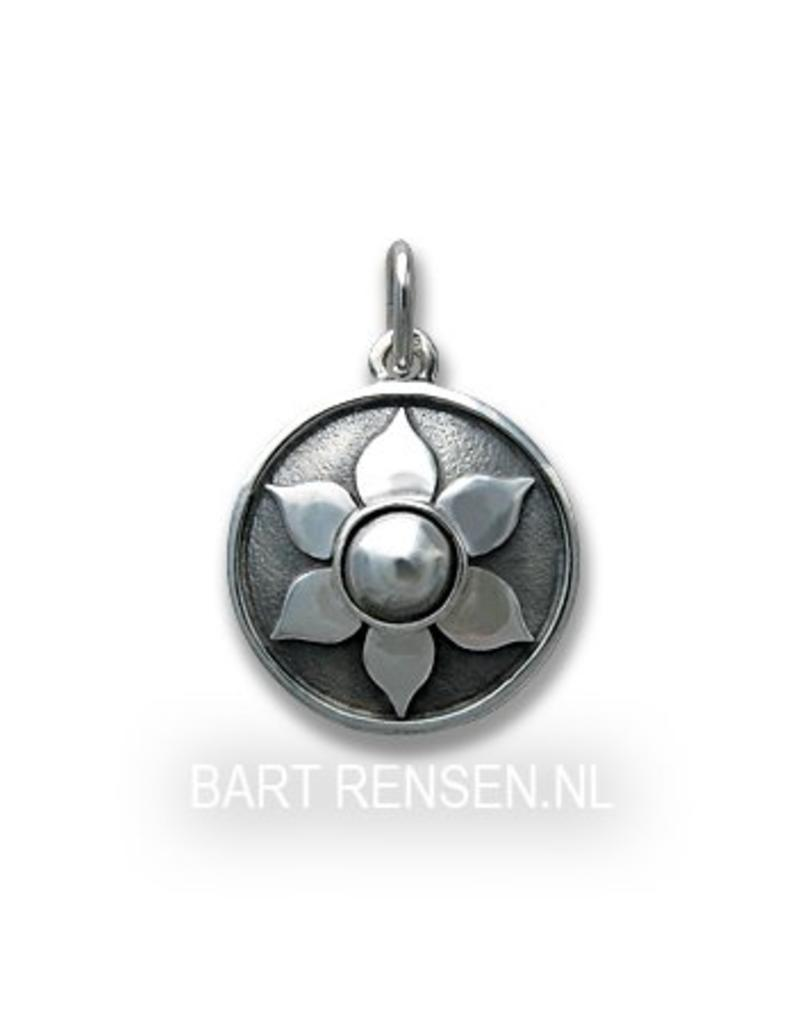 Sex Cakra pendant - sterling silver