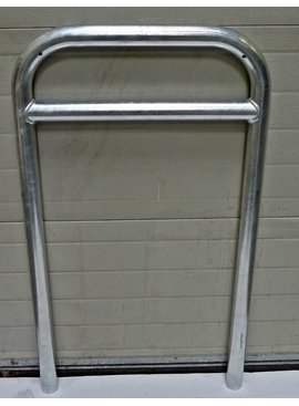 Bicycle rack with crossbar 600 x 1050