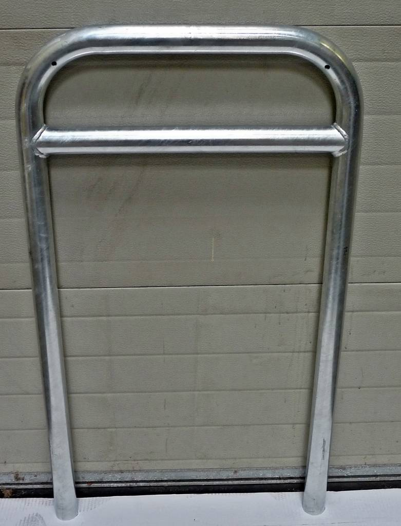 Bicycle rack with crossbar 600 x 1050 - galvanised