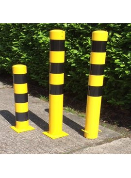 Collision protection bollard