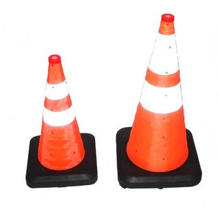 Heavy duty collapsible traffic  cone with integrated LED