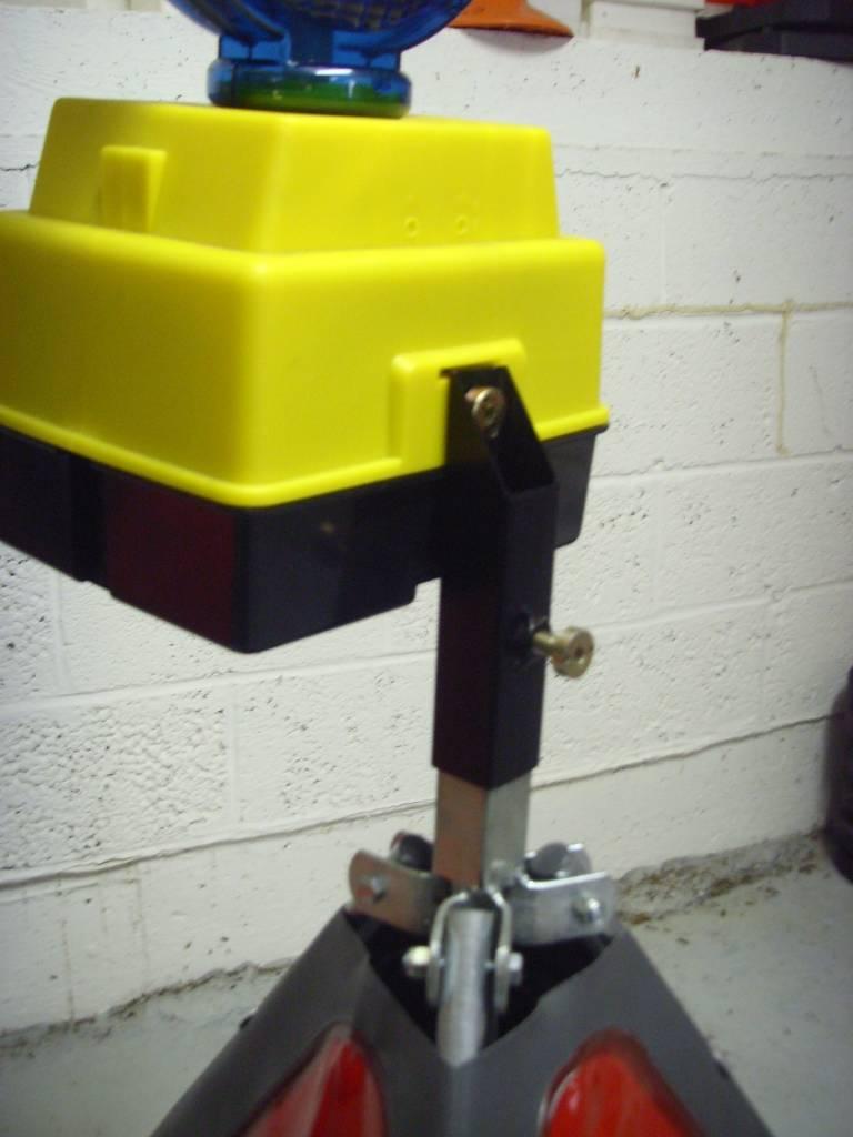 Driezijdig signalisatiebord werkman A31