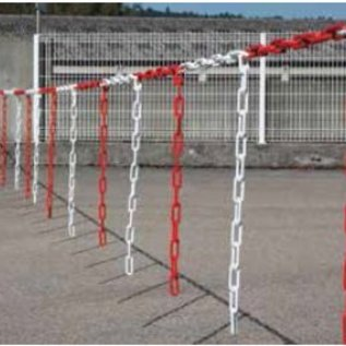 Chain barrier 10 m x 6 mm Ø with pieces of chain Red / White